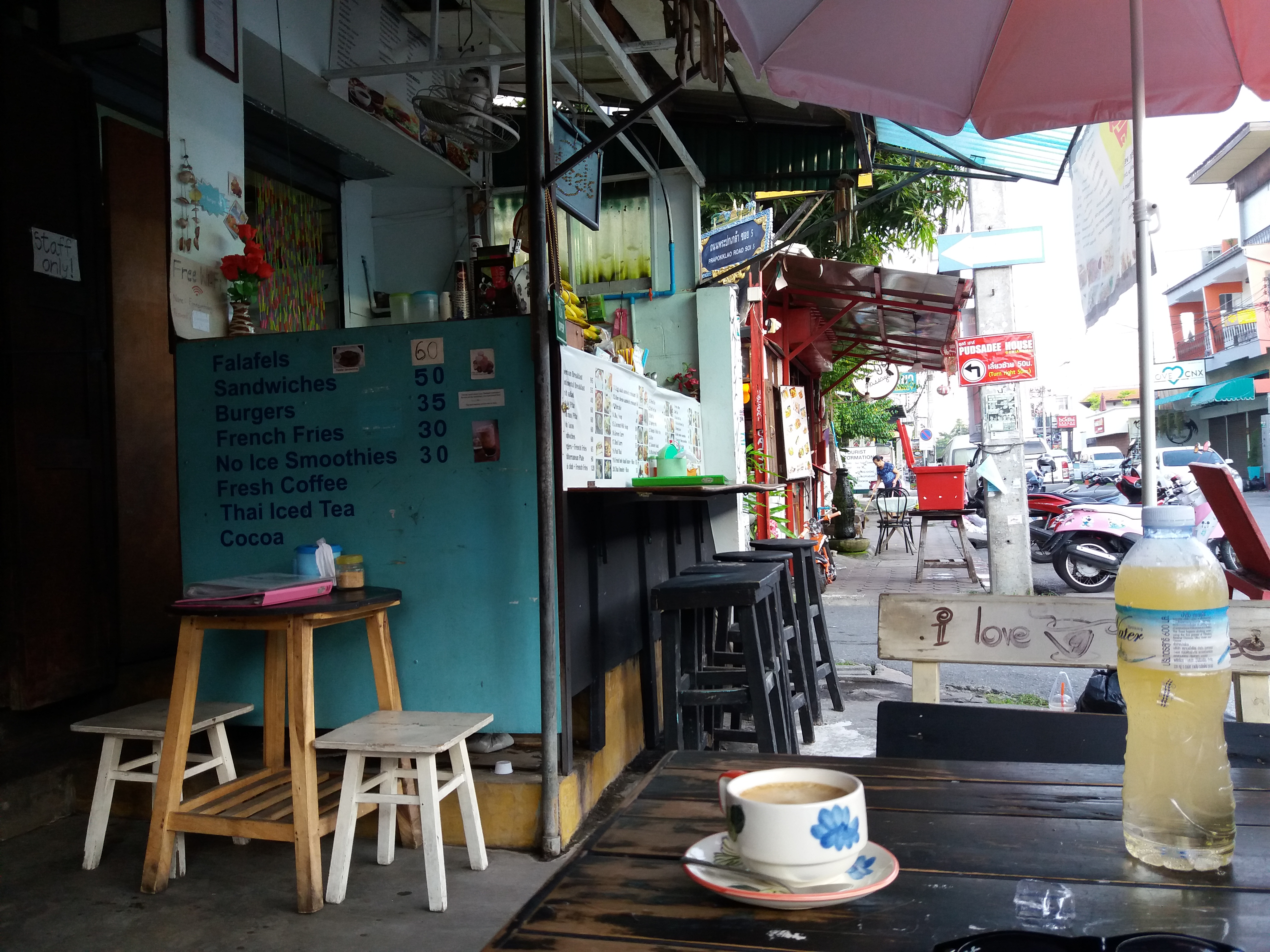 Cheap places to eat in Chiang Mai